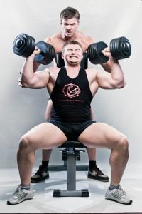 18 летний Роман Санецкий, занимаясь по методике Юрия Спасокукоцкого, установил свой новый силовой рекорд: 240 кг в становой тяге.