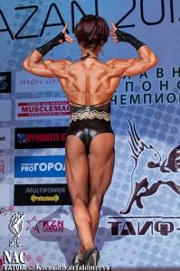 Все участники соревнований мечтали бы иметь такую спину, но это доступно только Чемпионам Мира!