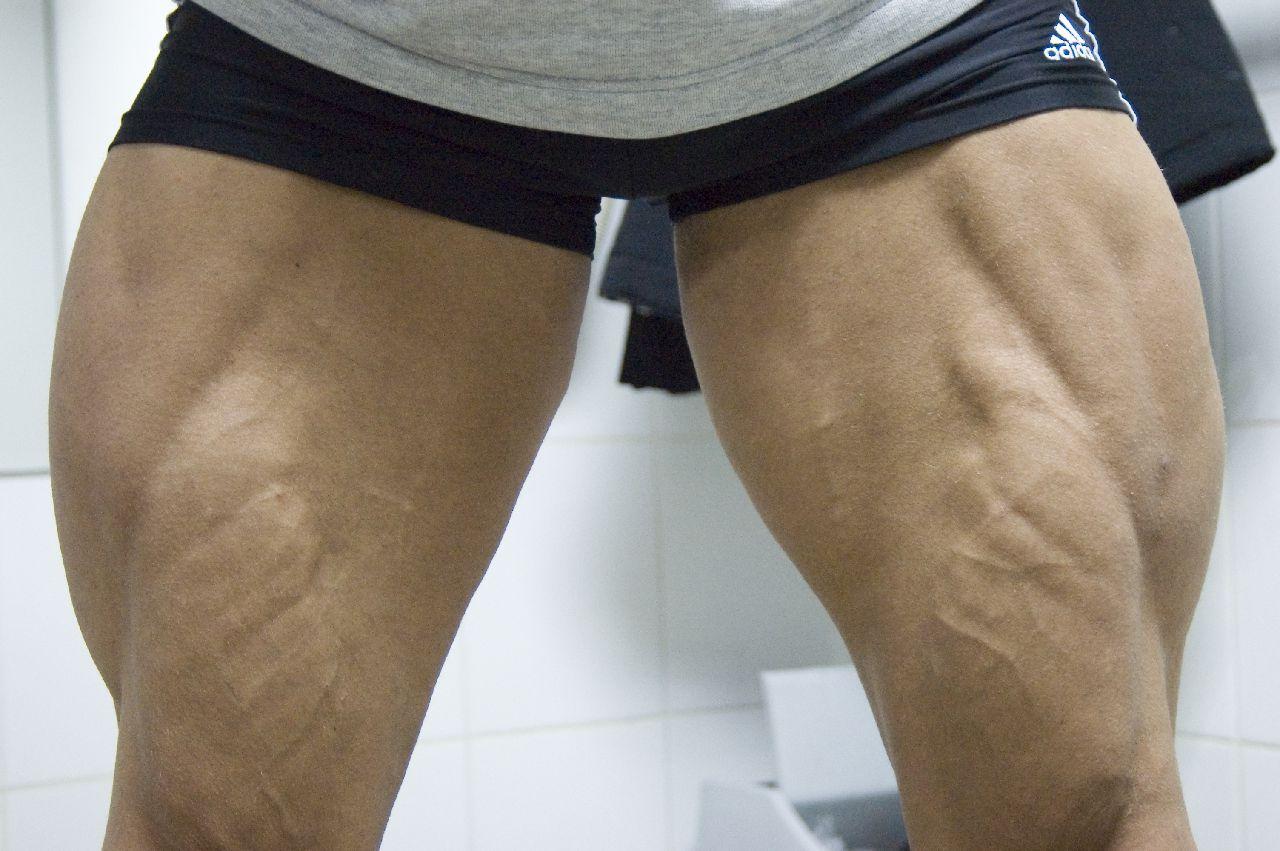 Фото ноги из жопы 8 фотография