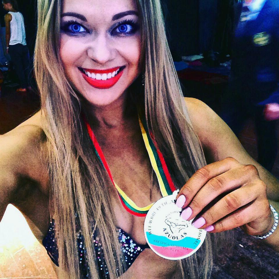 """я стала бронзовой призеркой Кубка Европы в категории """"фитнес бикини"""""""