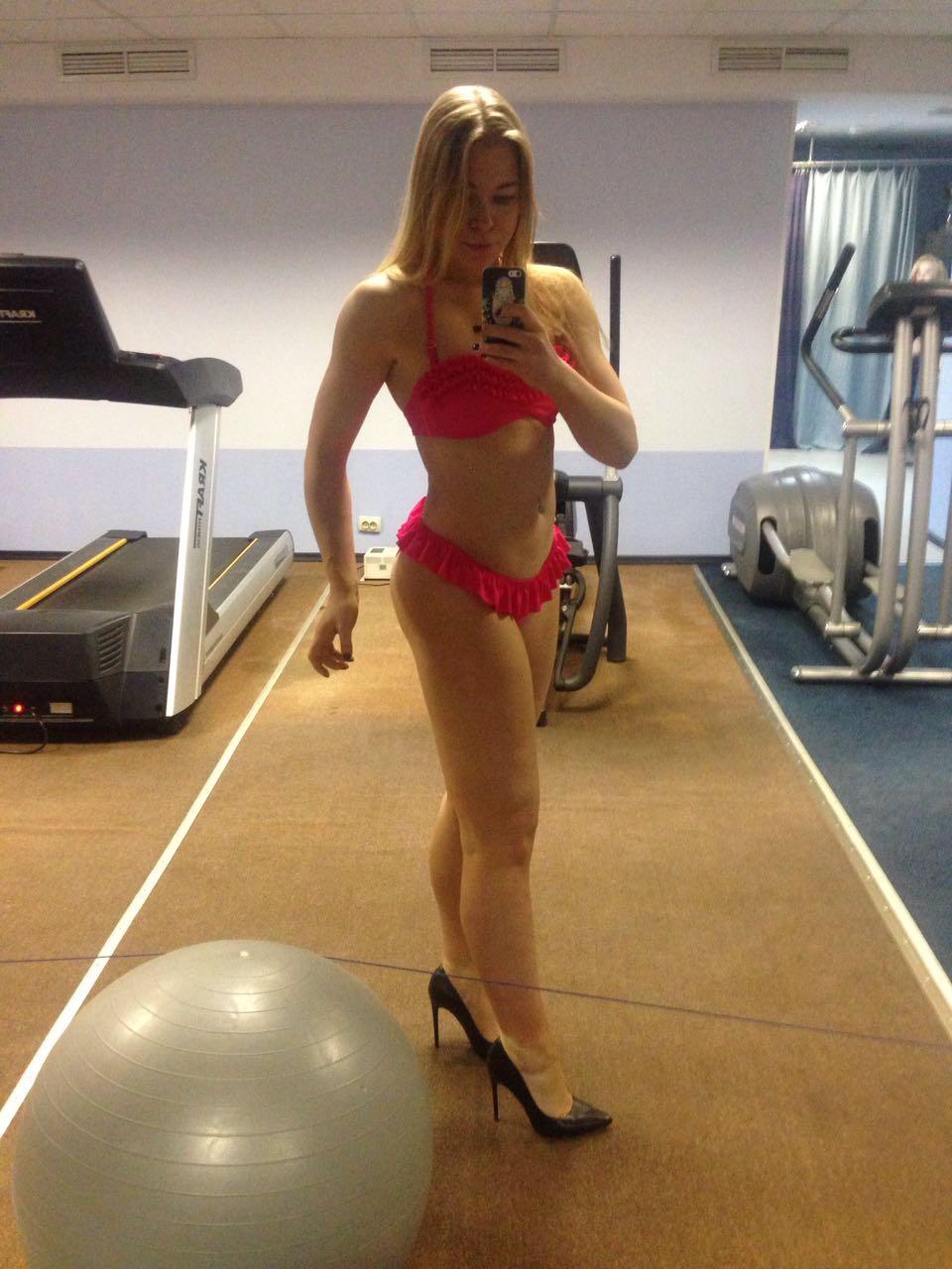 Нужна работа над пропорциями и качеством мышц